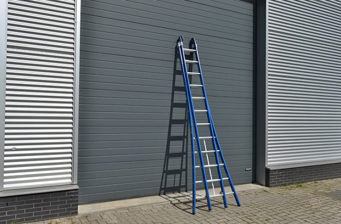 top-way-ladder-ingeklapt